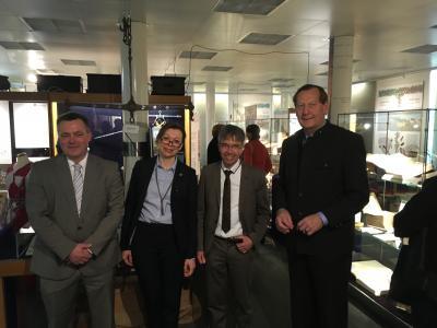 von links: BM Jörg Lembke, Museumsleitung Petra-Maria Schark, Propst Dr. Daniel Havemann und Präses Peter Wiegner