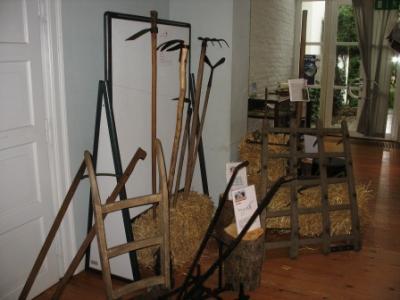 Landarbeit war Handarbeit - die Gerätschaften